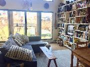 Warm & bright pet-friendly Gastown loft for rent April 15 / May 1